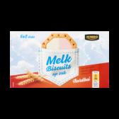 Jumbo Strawberry milk biscuits