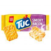 LU Tuc smoked bacon crackers