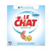 Le Chat Sensitive laundry detergent with Marseille soap and soft almond milk