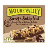 Nature Valley Muesli met zoete pinda en gezouten chocolade repen