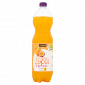 Jumbo Orange and passionfruit with sparkling