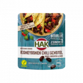 Hak Mexican spiced kidneybeans chilli dish with beans, vegetables and sauce