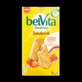 Liga Belvita breakfast sandwich with yoghurt and strawberry stuffing