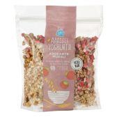Albert Heijn Crispy cereals with yoghurt strawberry