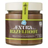 Albert Heijn Milk chocolate spread with extra hazulnuts