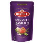 Bertolli Cheese and basil pasta sauce small